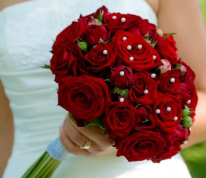 red_rose_and_peony_bouquet